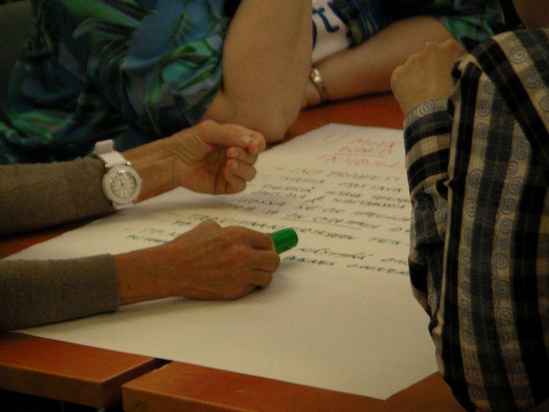 """Softwares ajudam pessoas com deficiência na Associação Pestalozzi de Brasília  <a href=""""https://visualhunt.com/author/69e612"""">Sytyke ry</a> on <a href=""""https://visualhunt.com/re/7cc55d"""">VisualHunt</a> / <a href=""""http://creativecommons.org/licenses/by-sa/2.0/""""> CC BY-SA</a>"""