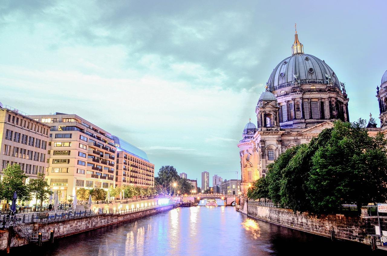Covid-19 pelo mundo: Berlim e Zurique vivem cenários parecidos – https://bit.ly/2Wy1SEL   Pixbay
