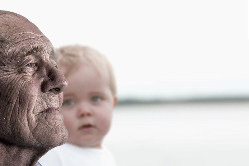 Avós e netos podem fortalecer relações mesmo durante distanciamento