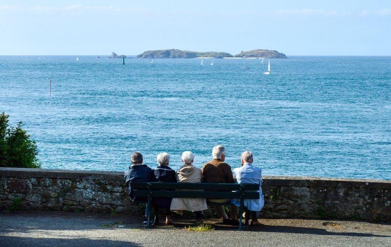 Baixas temperaturas: 7 dicas para cuidar da saúde de idosos no inverno